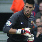 Transfer Speculation: Is Victor Valdes on his way to a Premier League club?
