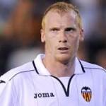 Valencia's Mathieu pushing for Barca move